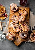 Raspberry muffins with yogurt