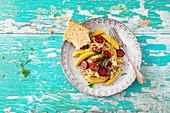Schupfnudeln mit Kabanossi und Sauerkraut