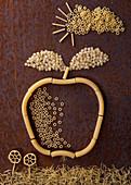 Apfelmotiv aus rohen Nudeln