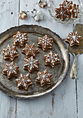 Coffee stars with marchpane