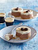Coffee tartlets with mascarpone cream