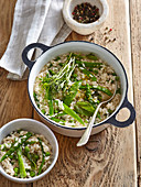 Lemon risotto with peas and mint
