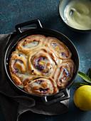 Lemon rolls cake with blueberries
