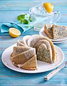 Mohnkuchen mit Zitronenglasur