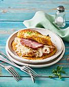 Kartoffel-Pancake mit Meerrettich und geräuchertem Schweinefleisch