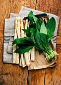 White asparagus and fresh wild garlic