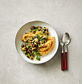 Vegan basil mushrooms with polenta