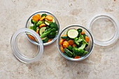Gemüsemischung zum Einfrieren vorbereiten - abfüllen