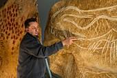 Horse cave art replica for Caverne du pont d'Arc, France