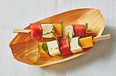 Melonenspieße mit Feta und Minze