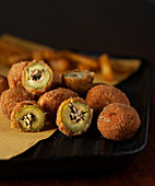 Olive Ascolane - Italian stuffed and fried olives