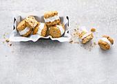 Oat cookies with coconut ice cream