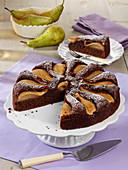 Saftiger Schokoladen-Birnenkuchen