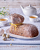 Easter lamb cake with honey and apples