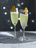 Lebkuchen-Bellini-Cocktail