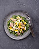 French artichoke salad with egg and tuna fish