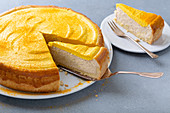 Chai cheesecake with turmeric and honey frosting