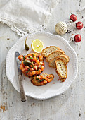 Salmon tartare with capers and roasted bread