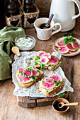 Watermelon radish toasts with herby cream cheese