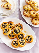 Wedding cookies with poppy seeds and almonds