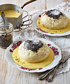 Alpin yeast dumpling with damsoncheese