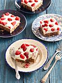Raspberry tray cake with yoghurt