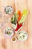 Gemüsesticks mit Dips