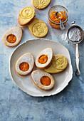 Süße Eier mit Ingwer-Orangenmarmelade