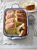 Fairy tale buns with custard and damsoncheese