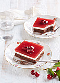 Cocoa cuts with cottage cheese and sour cherry jelly
