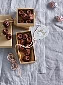Small chocolate bund cakes