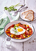 Zucchini letcho with fried egg