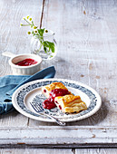 Puff pastry strudel with cranberries
