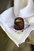 Anise topical ointment (naturopathy)