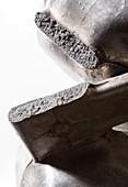 Brittle fracture of aluminium hammer