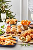 Verschiedenes Fingerfood für das Weihnachtsbuffet