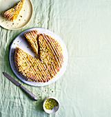 Bakewell-Torte mit Zitrone und Pistazien