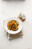 Spaghetti mit Jackfruit-Bolognese