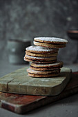 Shortcrust biscuits with ganache filling