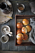 Sweet buns (milk rolls)