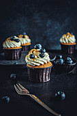 Vanilla cupcakes with blueberries