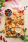 Mini pancakes with chocolate and fruit