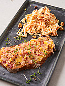 Waldorf salad and roasted lard sandwich (vegan)