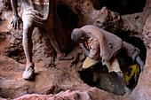 Gold mining, Democratic Republic of Congo