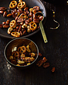 Mixture of nuts with pretzels