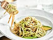 Spaghetti with avocado pesto sauce