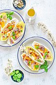 Chicory salad with halloumi cheese, oranges, onions and pistachios