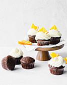 Muffins with orange cream