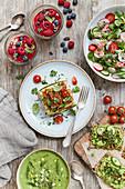 Verschiedene Raw-Cooking-Rezepte aus der veganen Küche