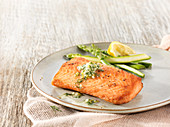 Baked wild pacific salmon with green asparagus